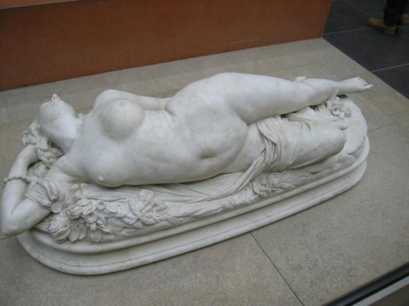 Femme piquée par un serpent (Woman bitten by a snake), marble sculpture of 1847 by Auguste Clésinger - wallpaper